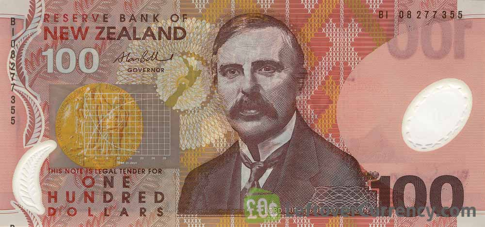 100 New Zealand Dollars banknote series 1999 obverse accepted for exchange