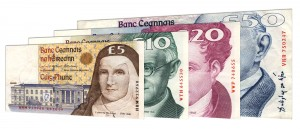 withdrawn Irish Pound banknotes accepted for exchange