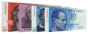 Obsolete Finnish markka banknotes accepted for exchange